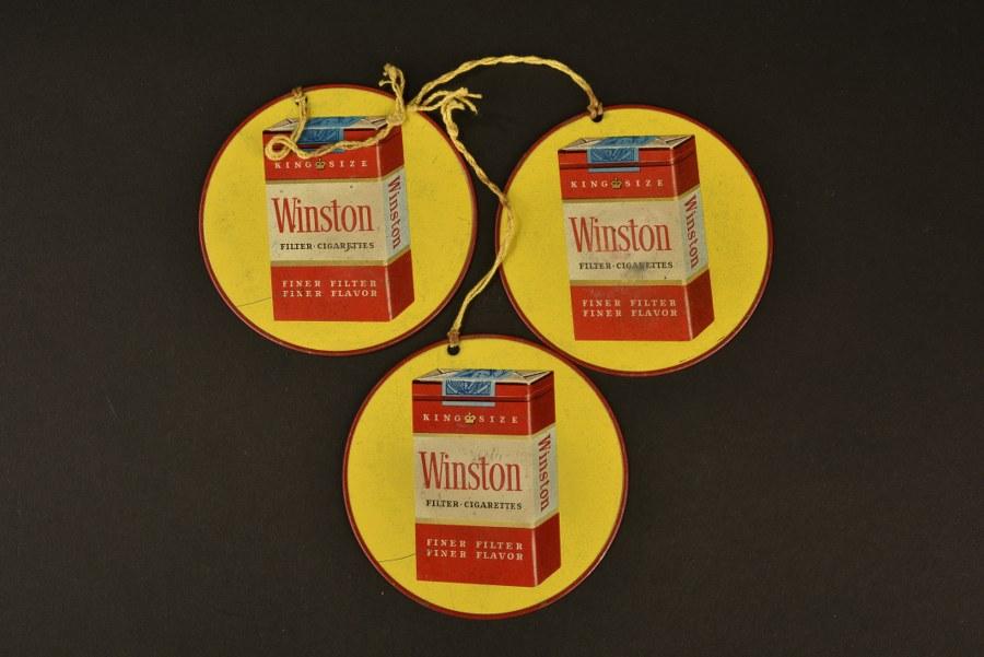 Plaquettes publicitaires de cigarettes Camel et Winston