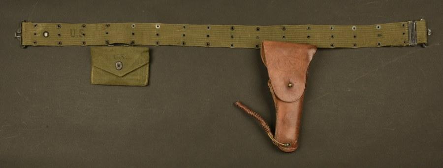 Ceinturon US et holster de Colt 45