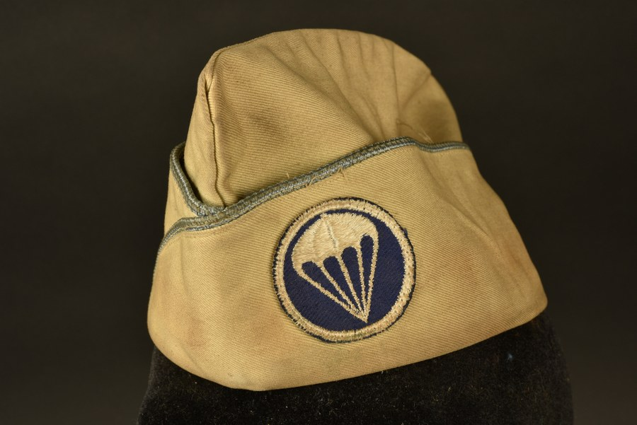 Calot troupe infanterie parachutiste