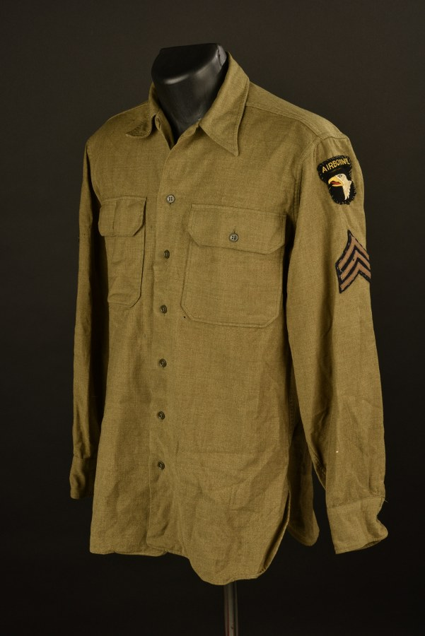 Chemise de sergent de la 101ème Airborne