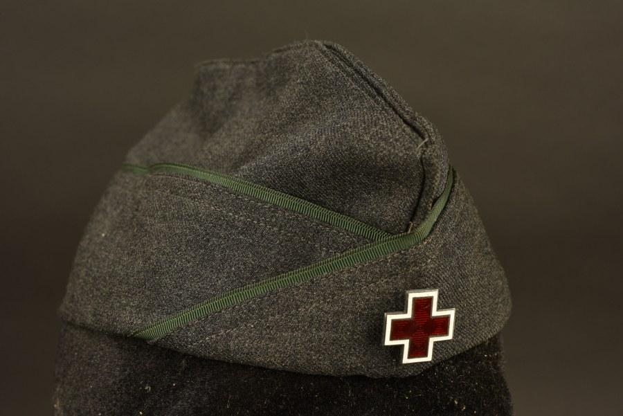 Calot d'auxiliaire féminin de la Croix Rouge américaine