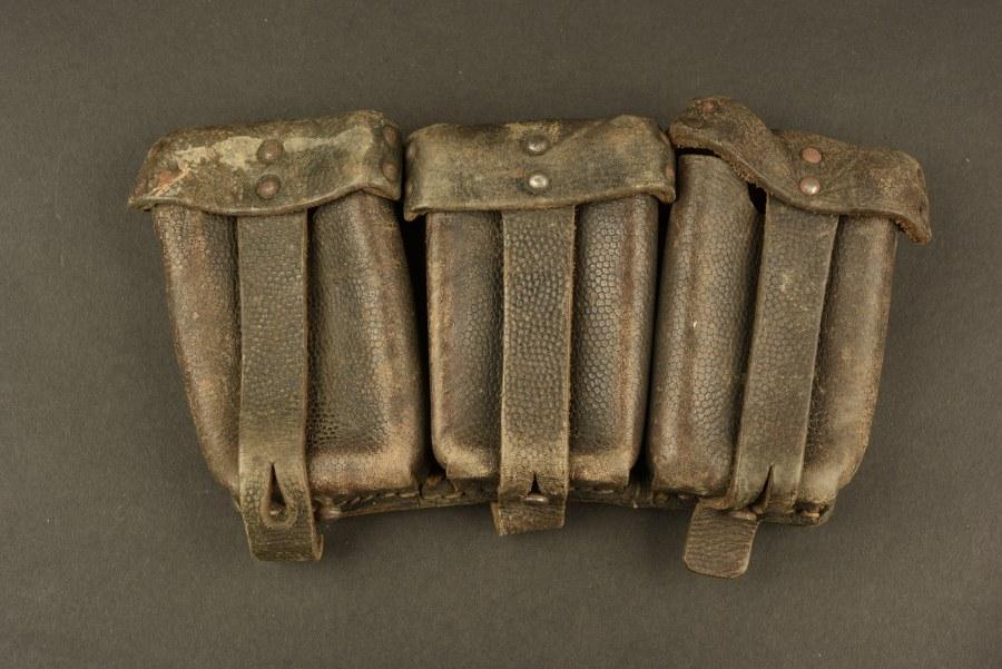 Cartouchière de Mauser 98K provenant des combats de la poche de Falaise