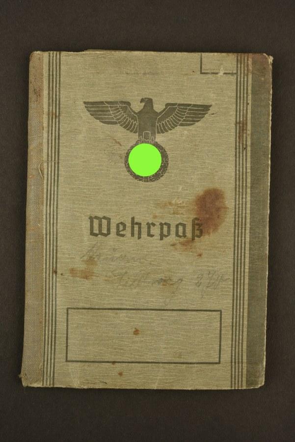 Wehrpass du soldat Franz Thums