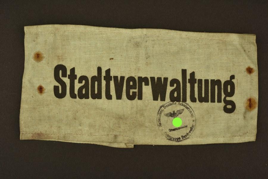 Brassard de la Stadtverwaltung Buschweiller en Alsace