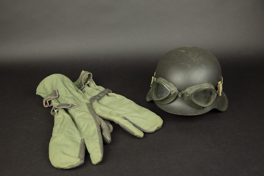 Coque de casque allemand et équipements