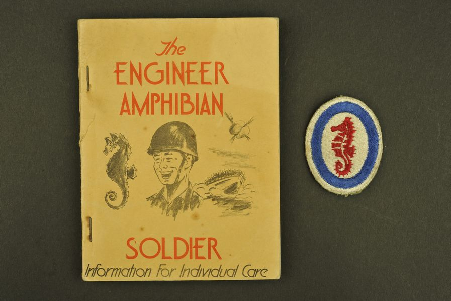 Ouvrage et insigne The Engineer Amphibian