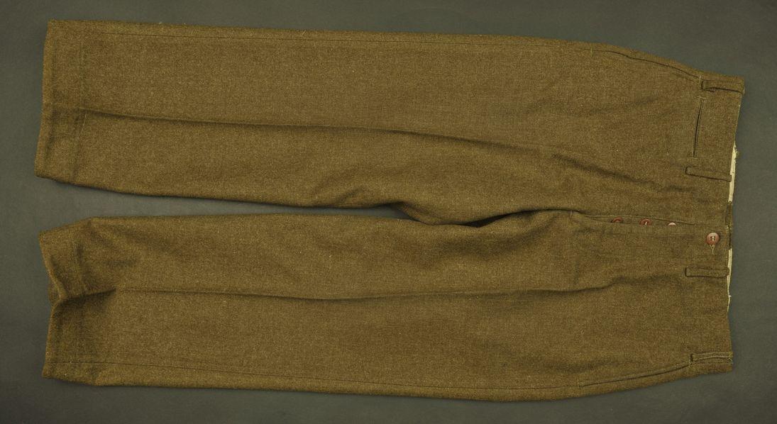 Pantalon de sortie du Private Valko