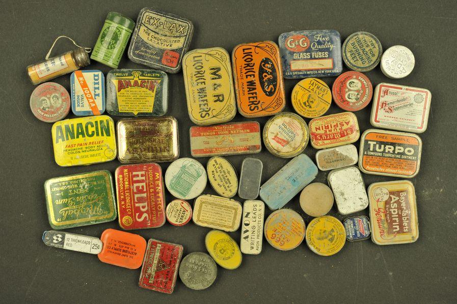 Ensemble de boites de médicaments US