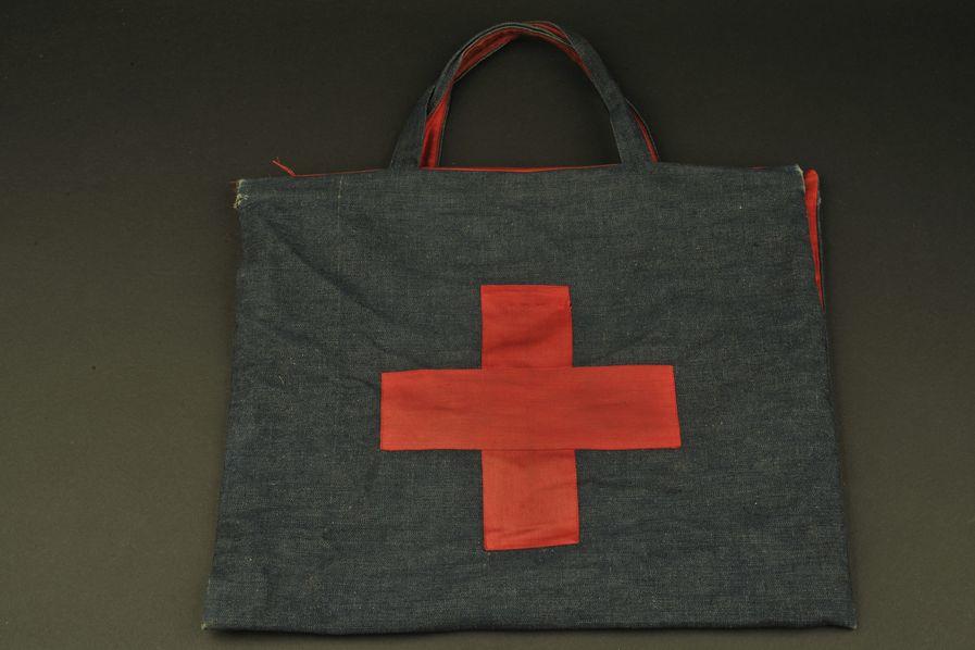 Sac à main de la Croix rouge