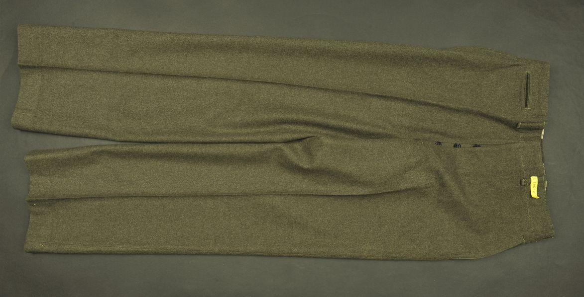 Pantalon de sortie USMC du soldat Leaan