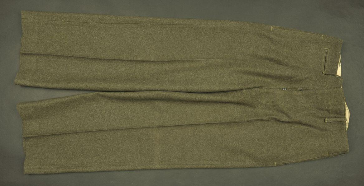 Pantalon de sortie USMC du soldat Keck