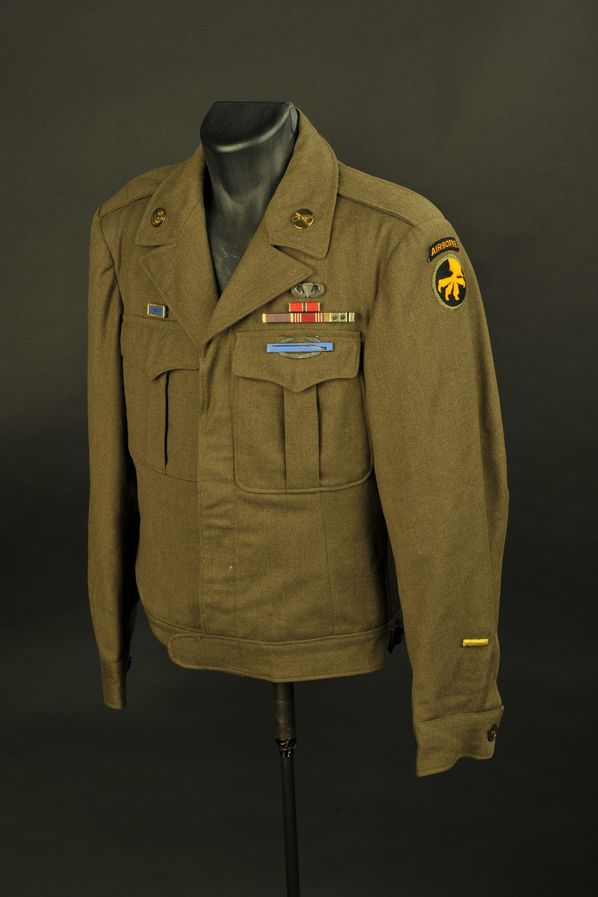 Blouson Ike troupe de la 82ème Airborne/17ème Airborne