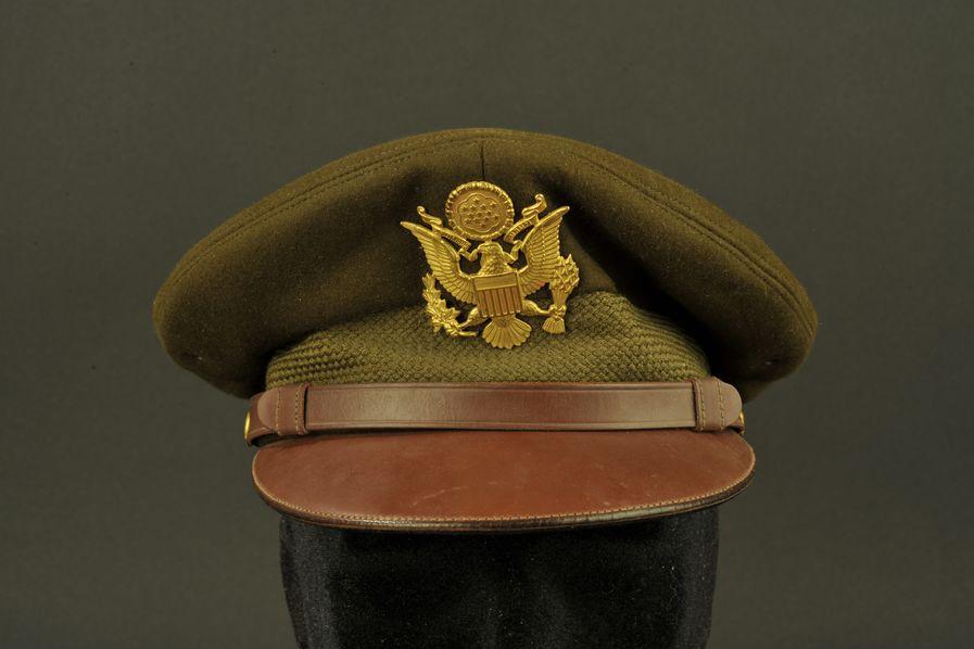 Casquette crusher de l'officier Robert A Wyland