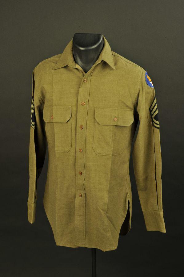 Chemise moutarde de sergent-chef de la 1st US Air Force