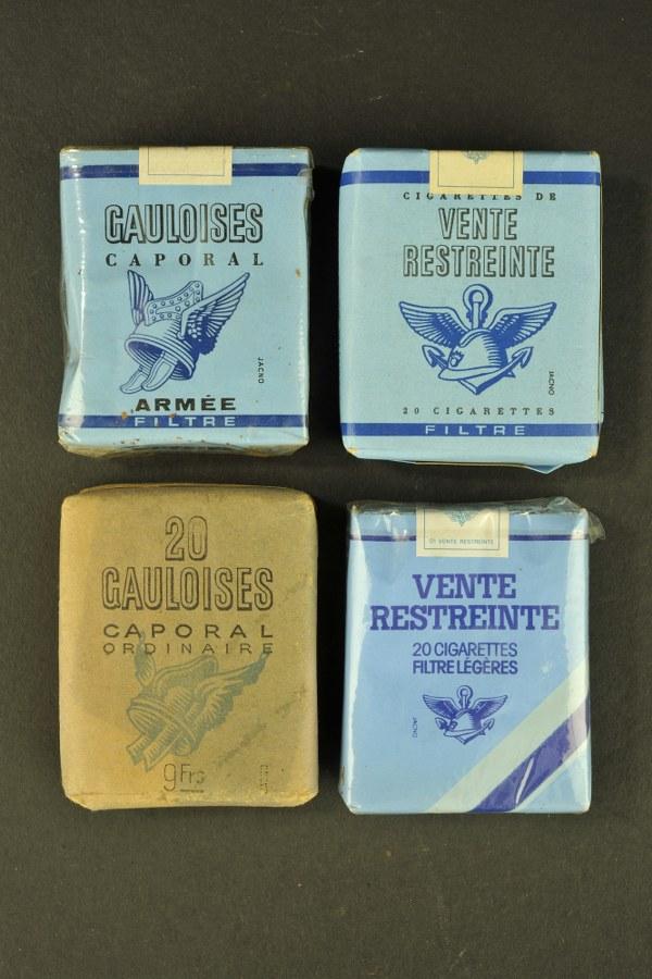 Paquets de cigarette Gauloises