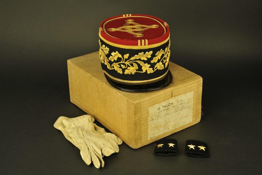 Képi de grande tenue en boite d'origine du Général Guy Lallia