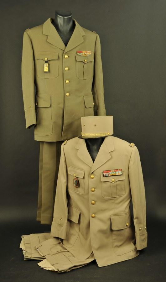 Deux tenues du général Guy Lallia