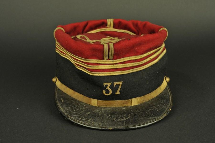 Képi foulard d'un capitaine du 37 e  régiment d'infanterie