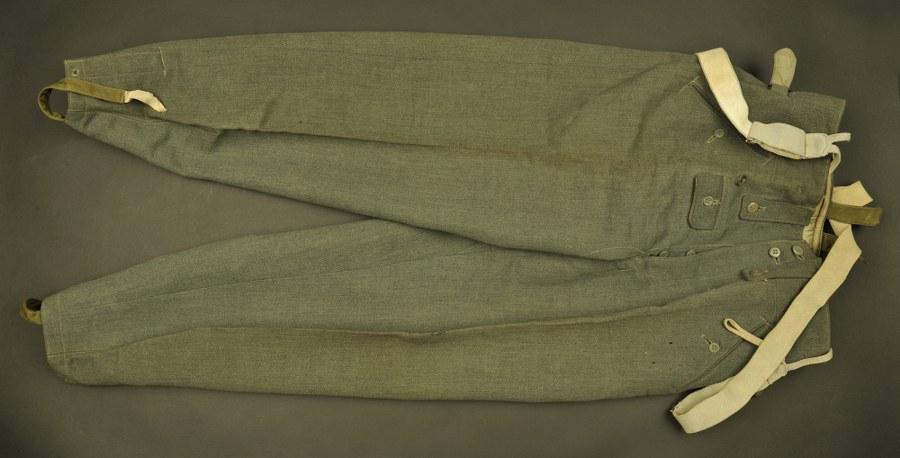 Pantalon allemand en gabardine italienne