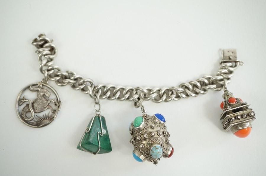 Bracelet en argent (915/°°°)