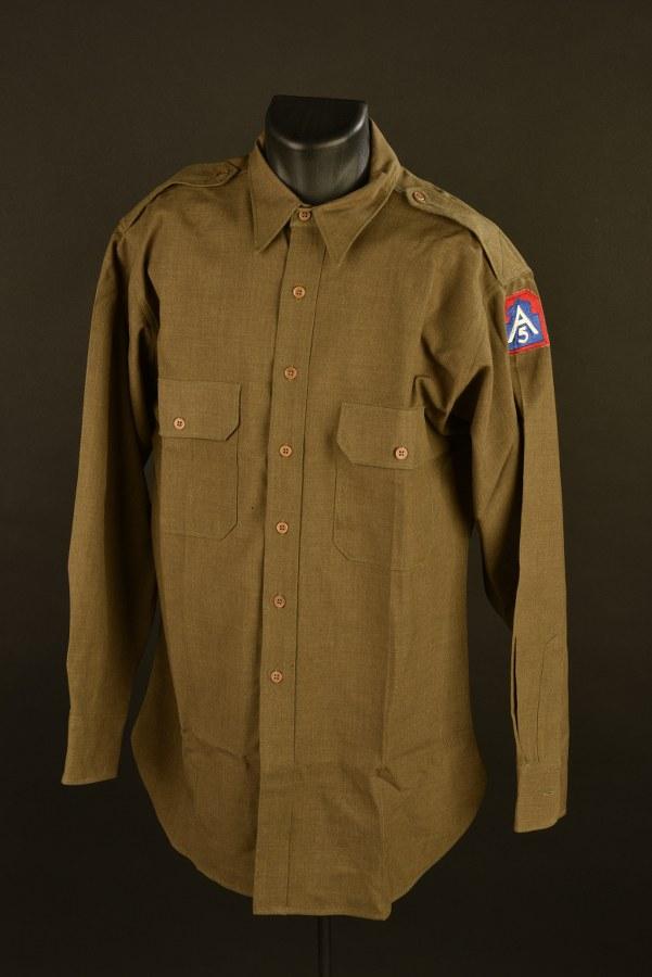 Chemise d'officier de la 5ème armée