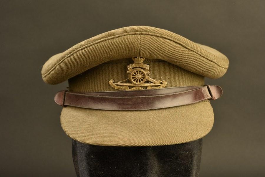 Casquette d'officier britannique
