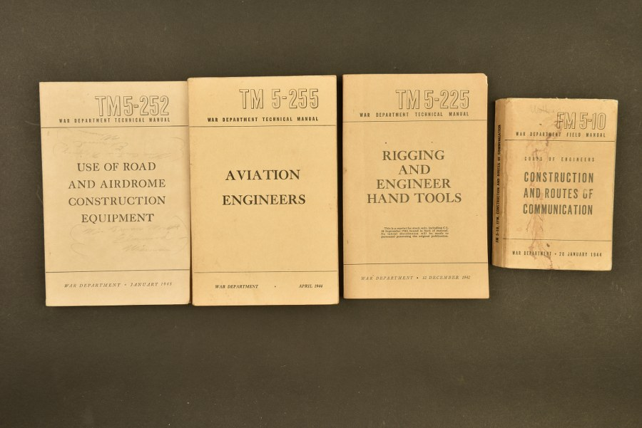 Ensemble de manuels technique des Engineers