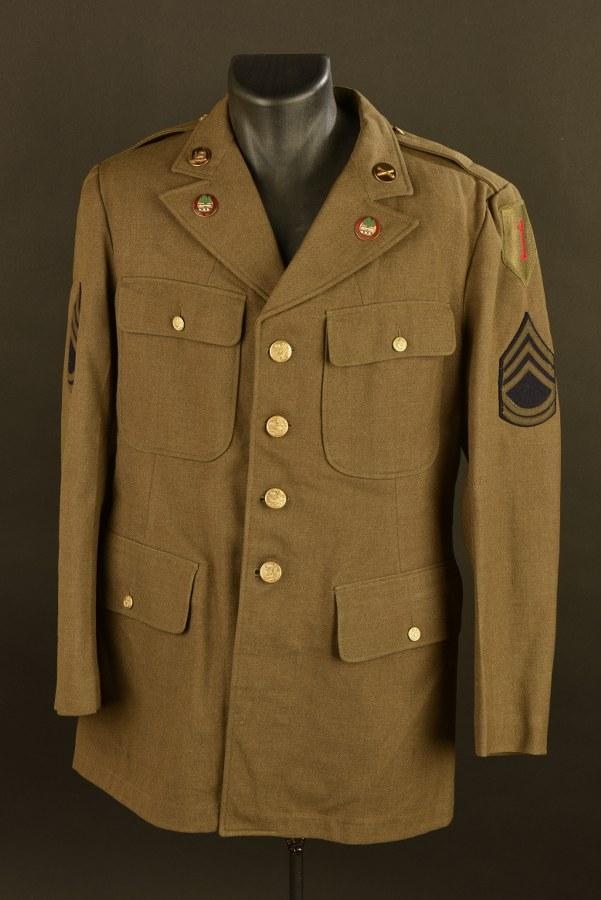 Vareuse de Sergent-Chef Spécialiste B Myers de la 5th Field Artillery Unit de la Big Red One