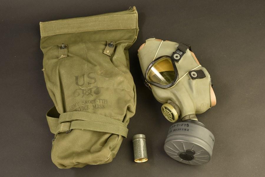 Rare masque anti-gaz Army Snout Type Service Mask