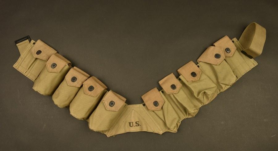 Rare bandoleer pour grenade, utilisé par la Military Police