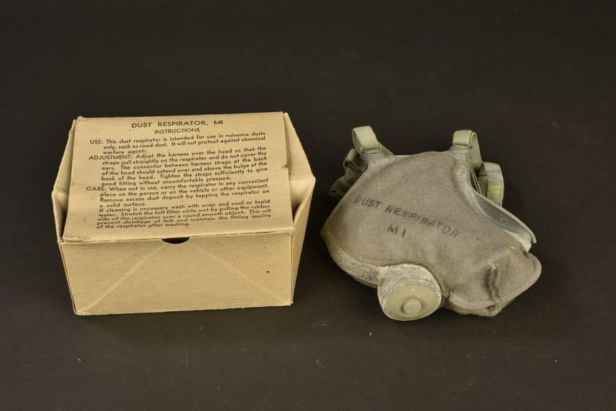 Masque anti-poussière M1 dans sa boite d'origine