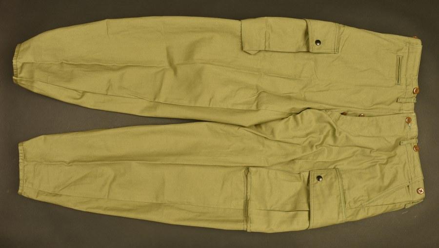 Reproduction d'un pantalon de parachutiste US