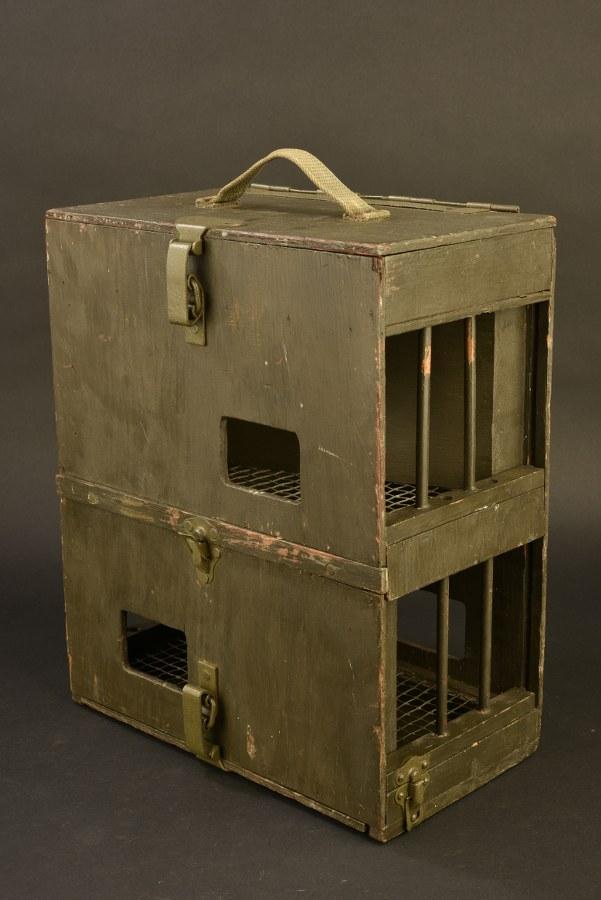 Boite de transport pour pigeon PG 104 CB