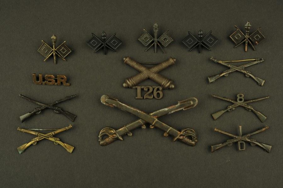 Ensemble d'insignes US WWI