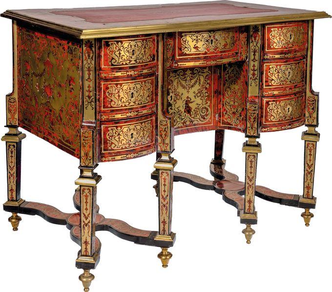 Bureau à huit pieds dit « Mazarin ».