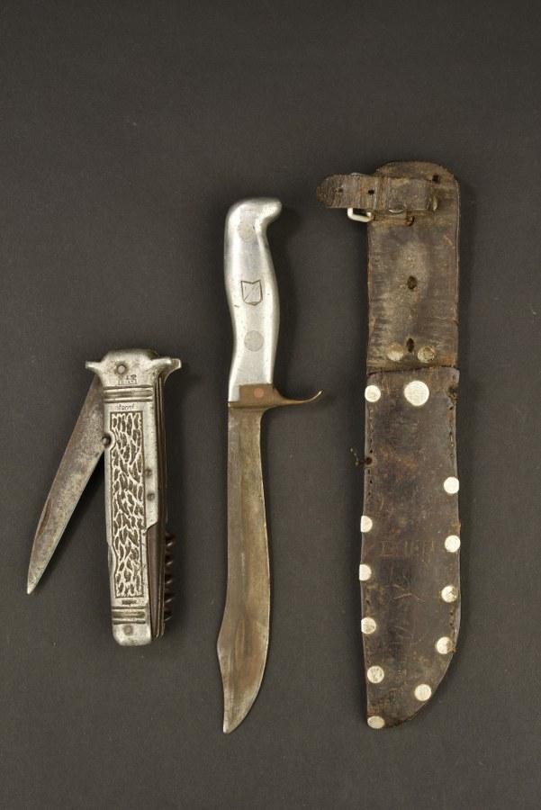 Ensemble de couteaux français