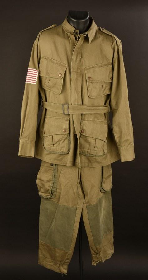 Reproduction d'une tenue de saut de parachutiste US