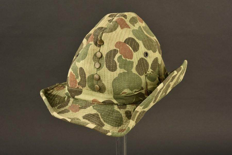 Chapeau de brousse camouflé