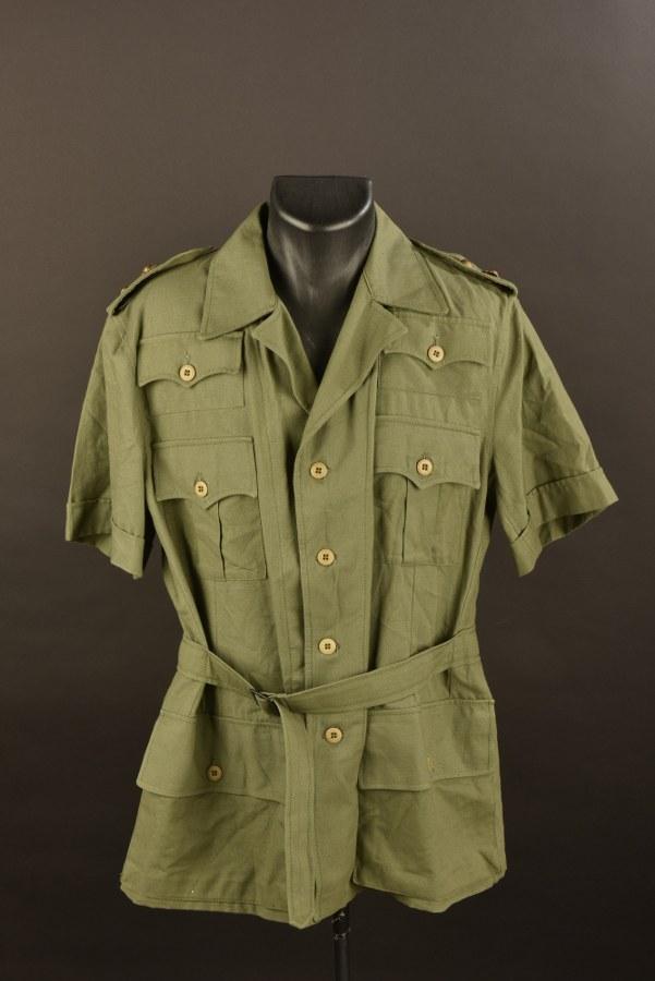 Chemise d'officier après-guerre