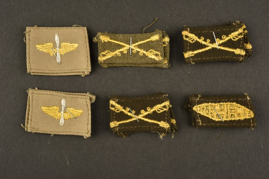 Lot d'insignes US ARMY