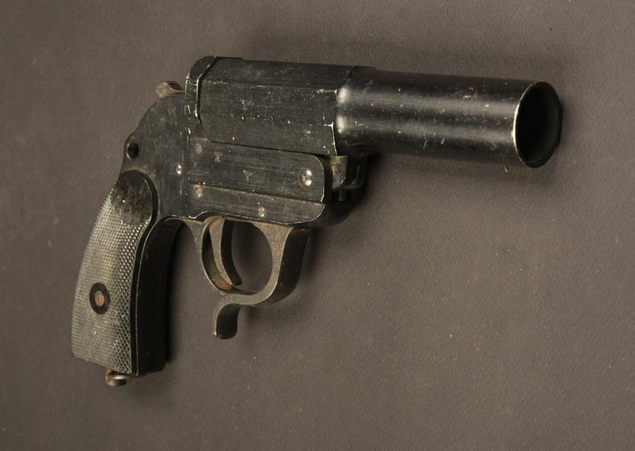 Pistolet lance-fusée de la Heer
