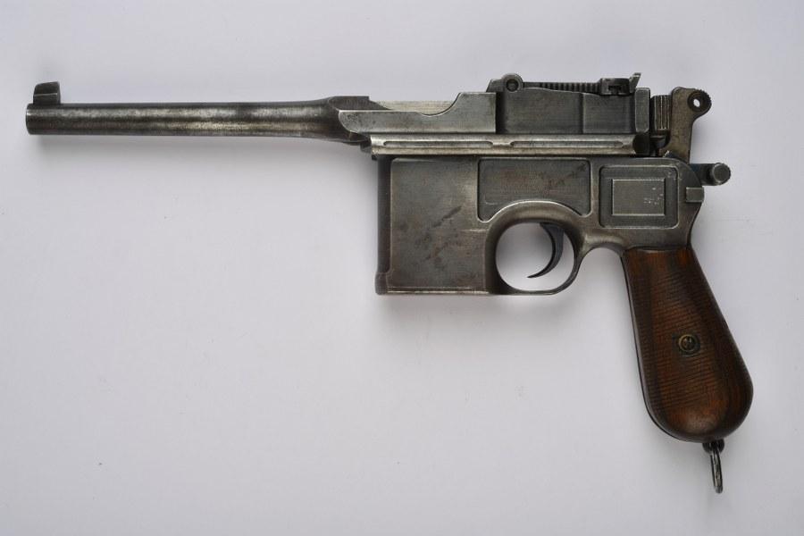 Pistolet Mauser C96 catégorie C9
