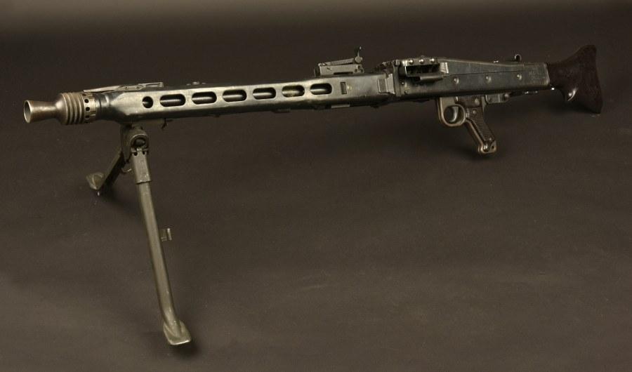 Mitrailleuse MG42 Catégorie C9