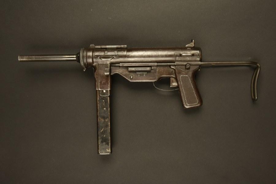 Pistole mitrailleur Grease Gun. Catégorie C9