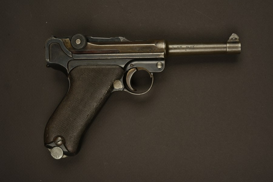 Pistolet P08 Catégorie C9