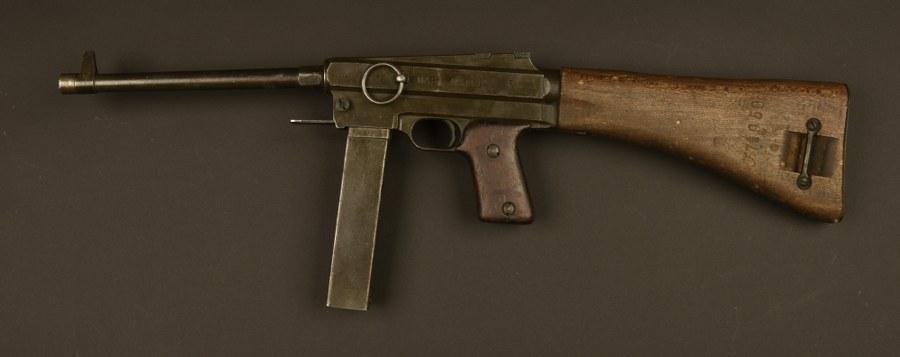 Pistolet mitrailleur MAT 38 Catégorie C9