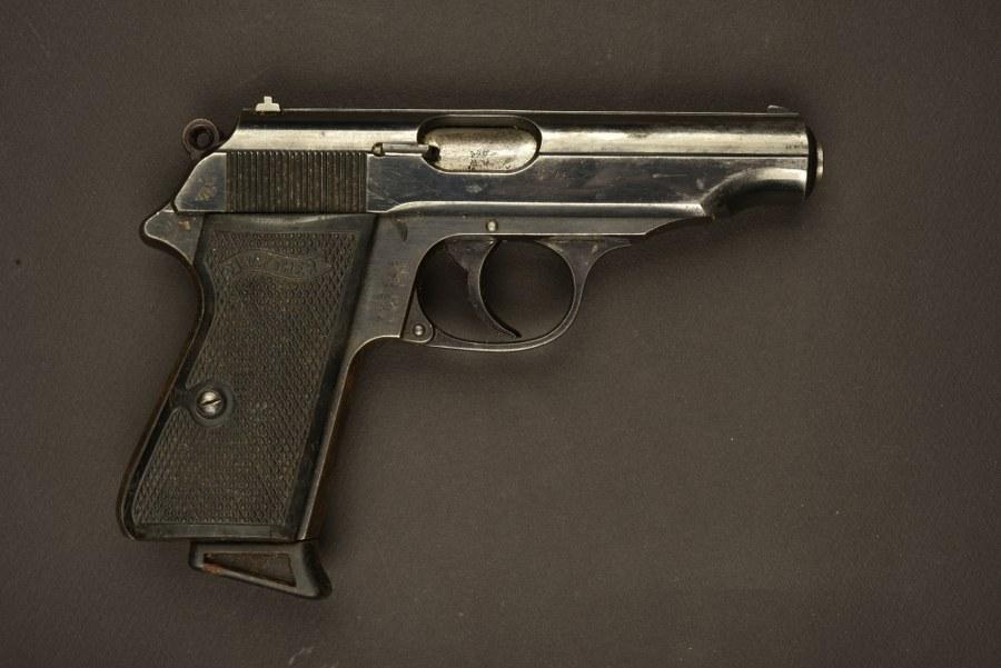 Pistolet allemand Walther PP marqué ReichFinanzamt. Catégorie C9