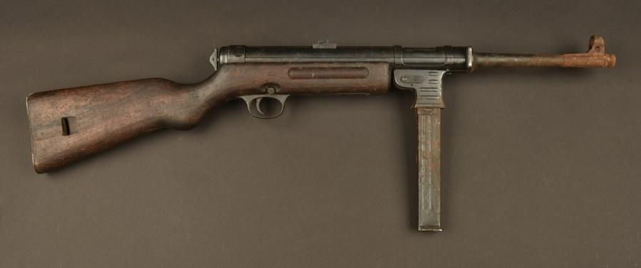 Pistolet mitrailleur MP 41. Catégorie C9