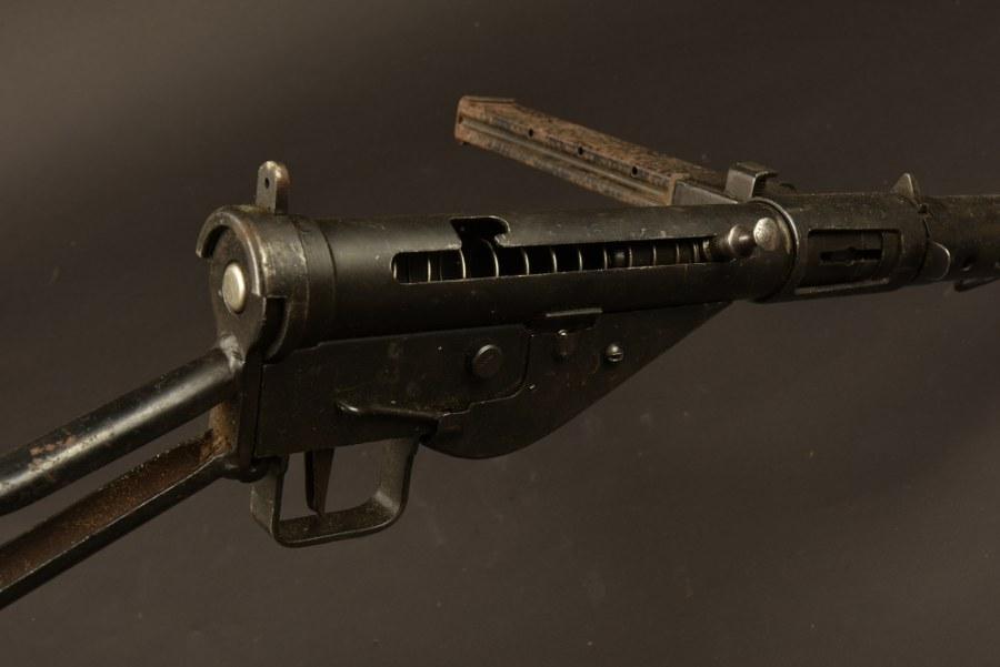 Pistolet mitrailleur Long Branch MK II livré à la Chine Nationaliste. Catégorie C9