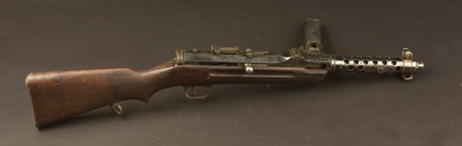 Pistolet mitrailleur Steyr Solothurn MP34. Catégorie C9